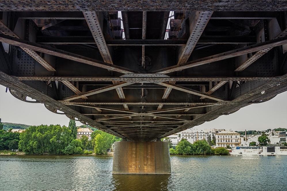 크기변환_Railroad_bridge-1.jpg